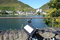 Moselradweg-Blick-Karden